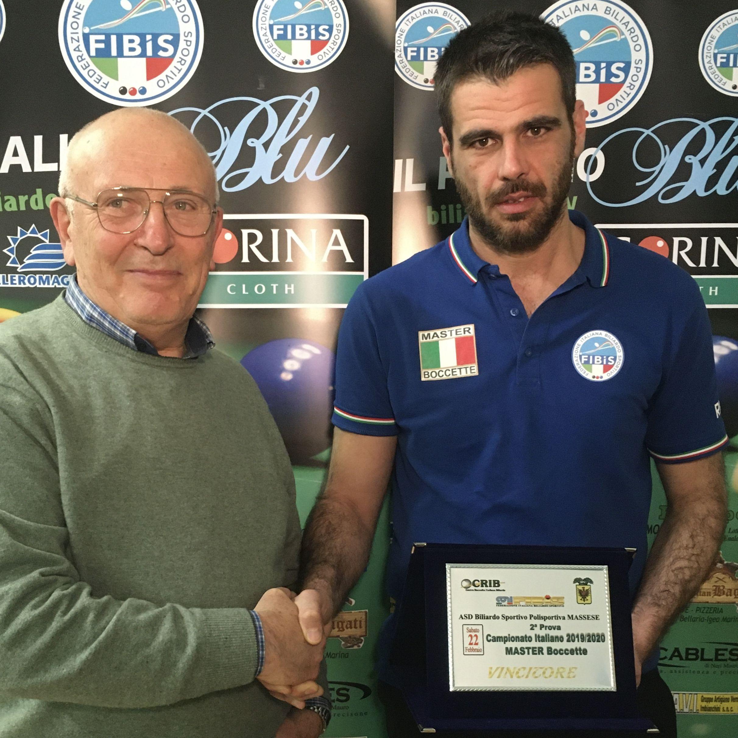 Giorgio Tavalazzi premia Daniele Ricci