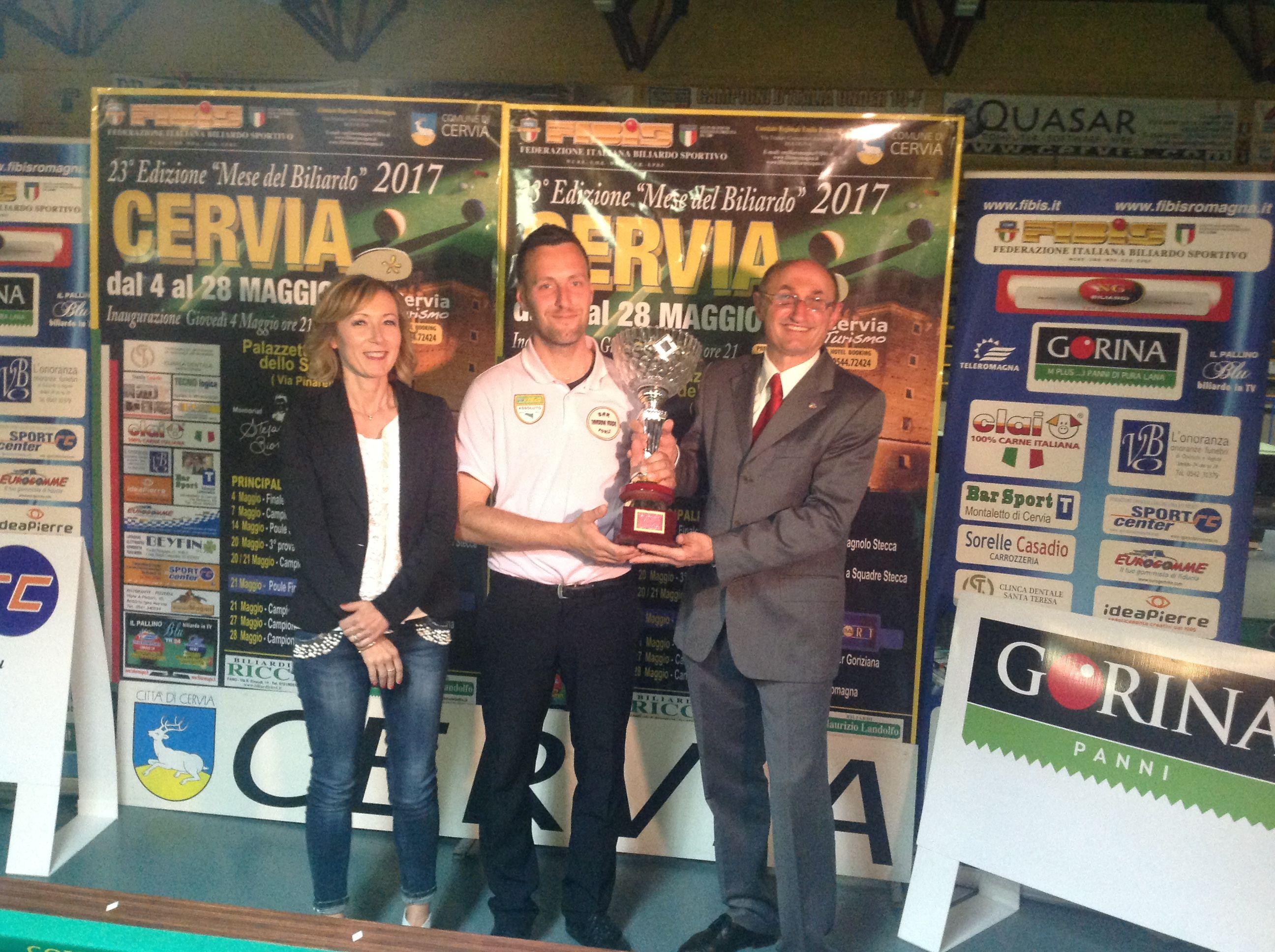 Il vincitore Galli Alex con il Consigliere Federale Loris De Cesari e Ceccarelli Stefania