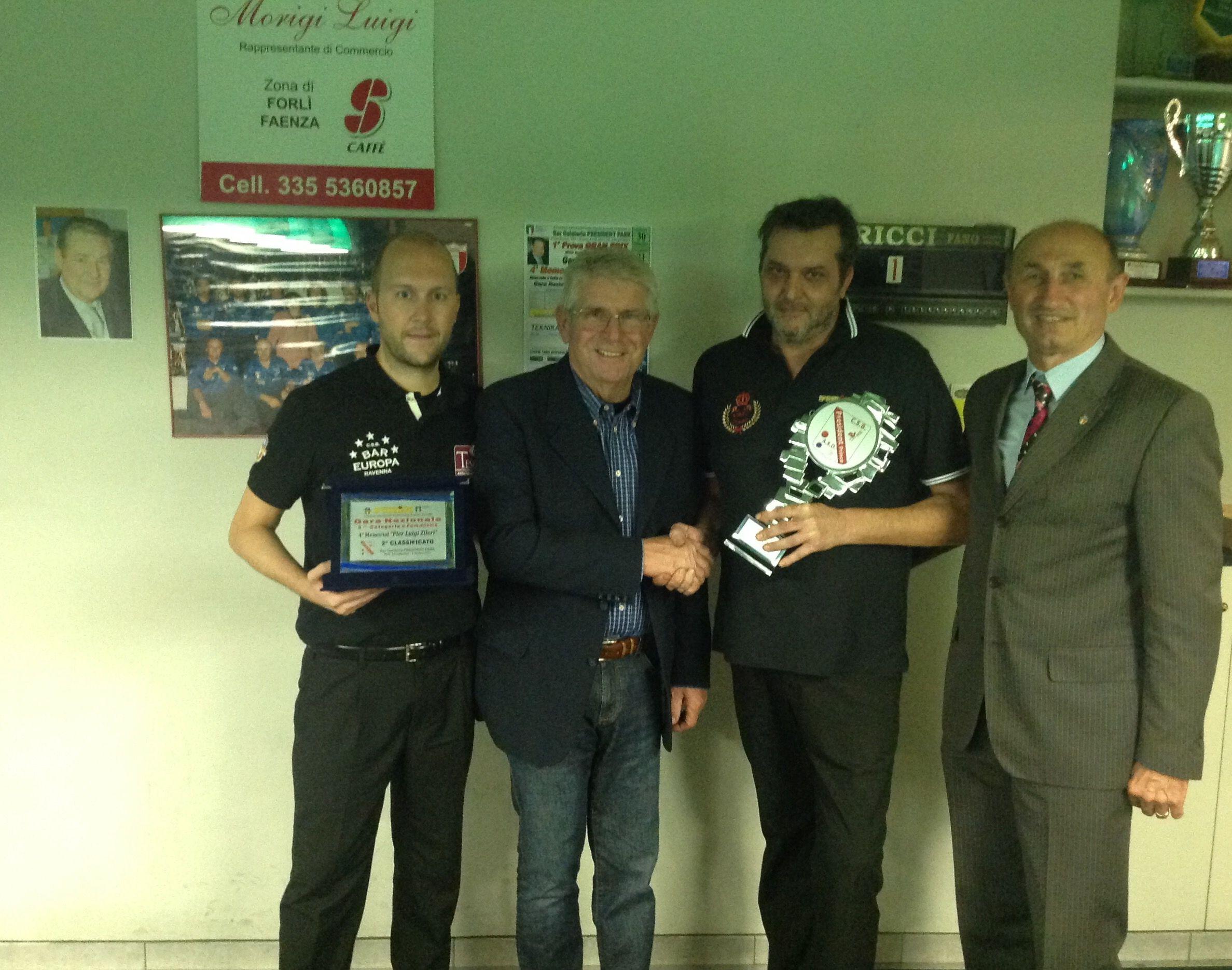 I finalisti Baravelli Marco RA e Monari Andrea BO con il Presidente Regionale A. Landi e il Consigliere Federale L. De Cesari